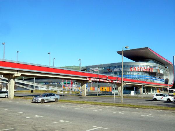 Eastgate Berlin - Blick vom S-Bahnhof Marzahn