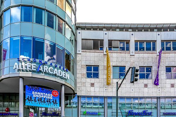 Schönhauser Allee Arcaden - Außenansicht
