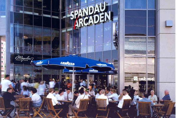 Spandau Arcaden - Außenansicht