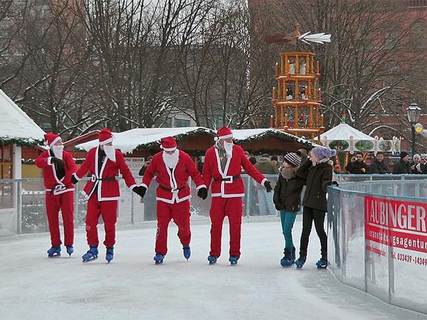 Schlittschuhlaufen Berlin Weihnachtsmarkt.ᐅ Eislaufen Am Neptunbrunnen öffnungszeiten Preise Infos