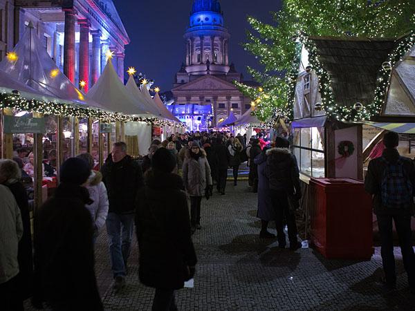 Weihnachtsmarkt am Gendarmenmarkt - Kunsthandwerker