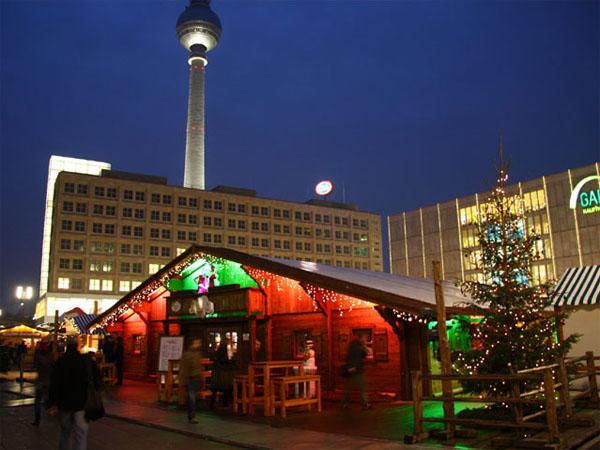 Weihnachtsmarkt auf dem Alexanderplatz