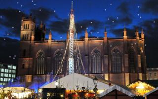 weihnachtsmarkt-opernpalais-1