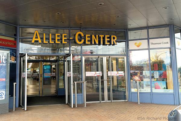 Allee Center Berlin - Nebeneingang